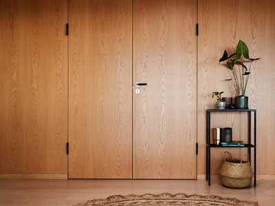 Speciallavet dobbeltdør af eg. | Bespoke double door made from oak.